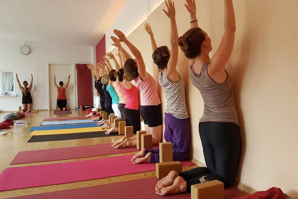 Dein Kurs Rückenfit Spiraldynamik® bei yoga-ma Stuttgart